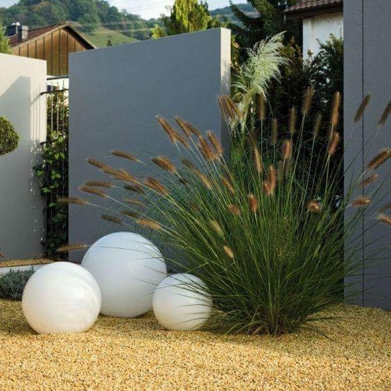 fence landscaping ideas 7