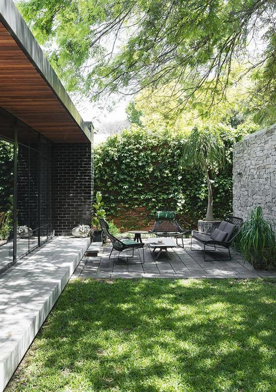 modern backyard ideas 10