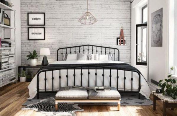 farmhouse bedroom decor feature