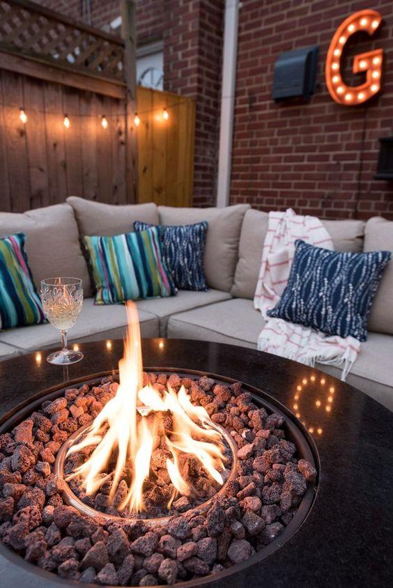 backyard firepit ideas 16