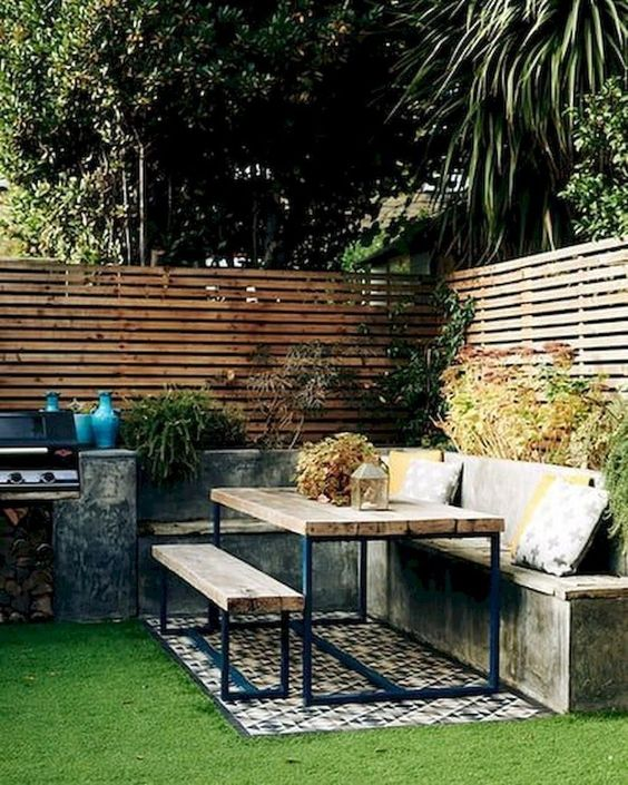 Backyard Furniture Ideas: Rustic Concrete Bench
