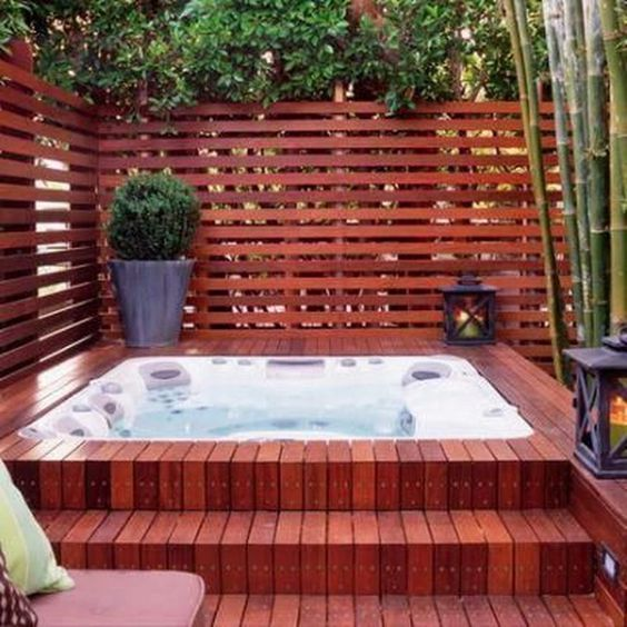 Backyard Hot Tub: Cozy Earthy Decor