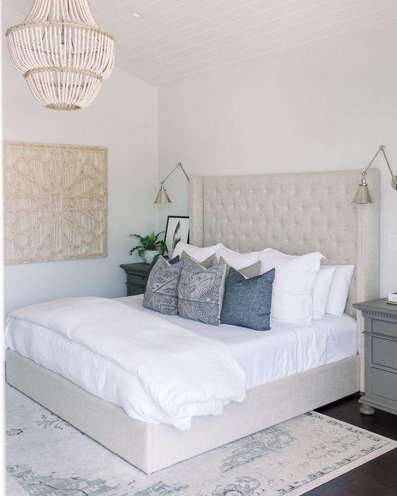 Beach Bedroom Ideas: Elegant Minimalist Decor