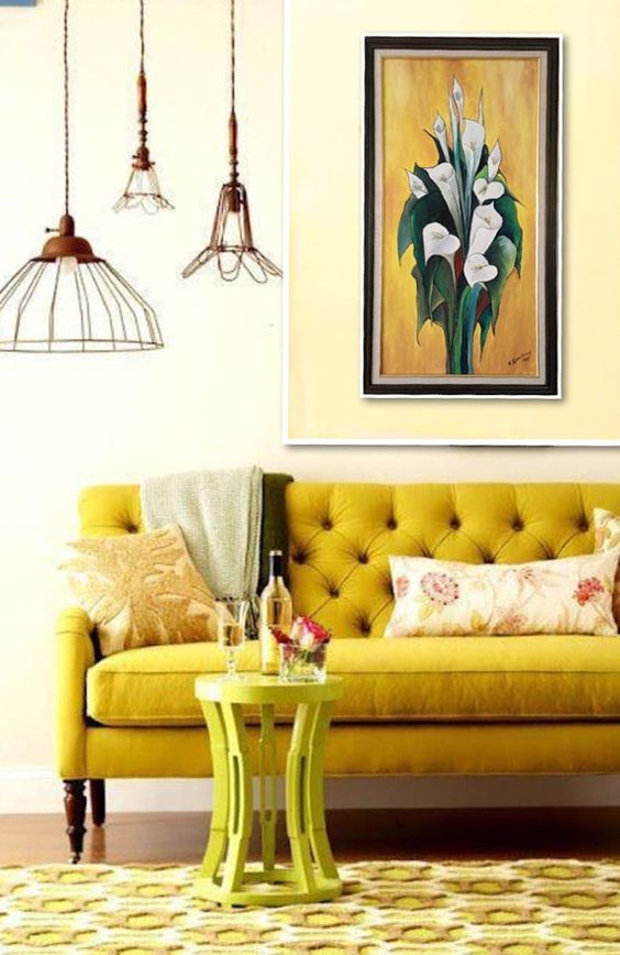 French Country Living Room: Cheerful Yellow Decor