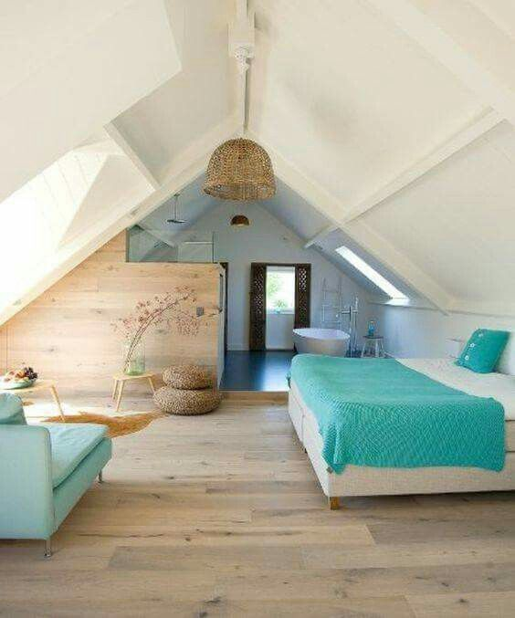 Attic Bedroom Ideas: Chic Nautical Vibe
