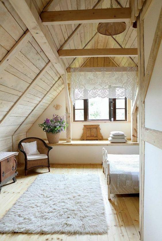 Attic Bedroom Ideas: Gorgeous Rustic Decor