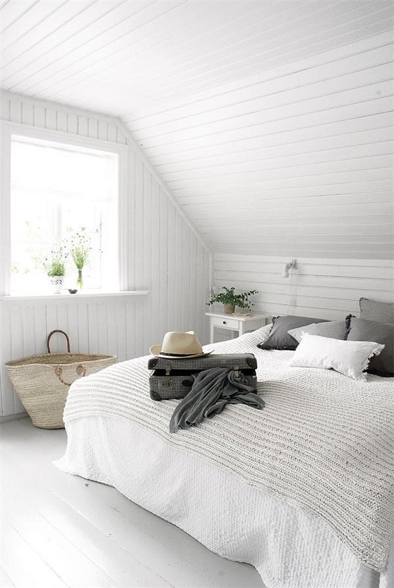 Attic Bedroom Ideas: Gorgeous All-White Decor