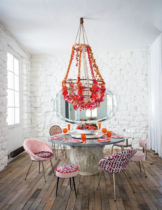 Eclectic Dining Room: Unique Rustic Decor