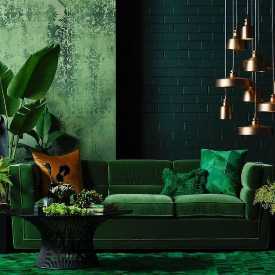 Green Living Room: Gorgeous Festive Decor