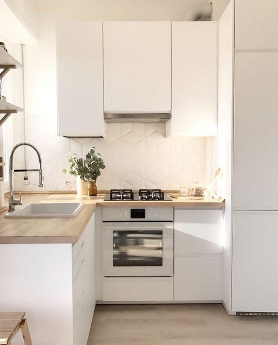 Tiny Kitchen Ideas: Stylish Minimalist Decor