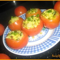Cheesy_Stuffed Tomatoes