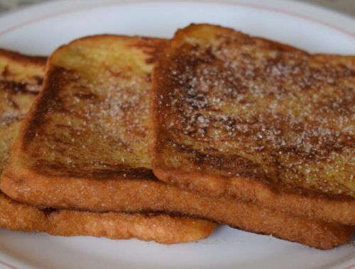 french toasts with sugar