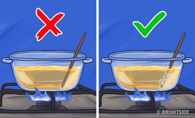 11 mẹo đơn giản mà hay khiến chị em nhanh tay hơn khi vào bếp - 4