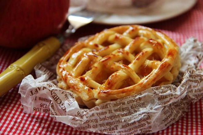 Thơm lừng ấm áp món bánh táo nướng hấp dẫn - Ảnh 5.