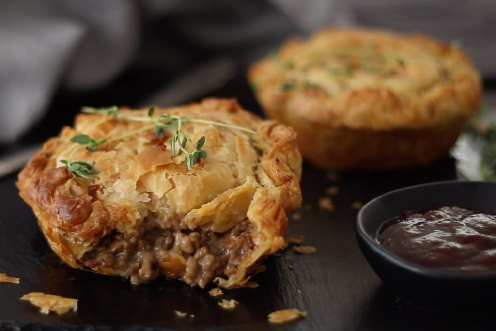 NZ Mince and Cheese Pie