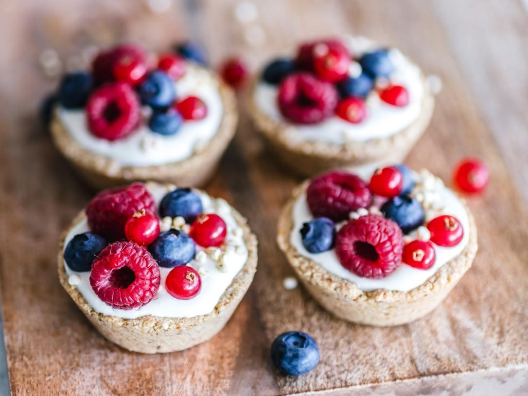 Conversation Questions - Food - Cakes - Ella Olsson Unsplash