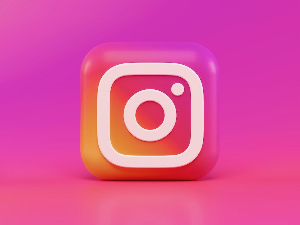 Unsplash - Instagram Icon - Alexander-shatov