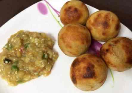Litti Chokha recipe in hindi