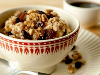 Apple-Scented Oatmeal and Buckwheat