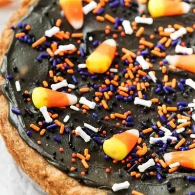 HALLOWEEN PUMPKIN COOKIE CAKE