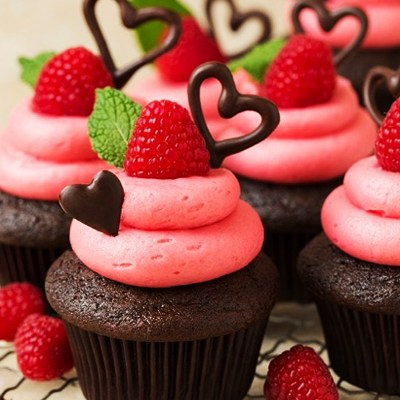 Easy Chocolate Cupcakes with Raspberry Buttercream Frosting
