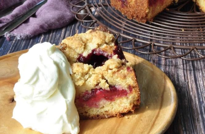 plum streusel cake