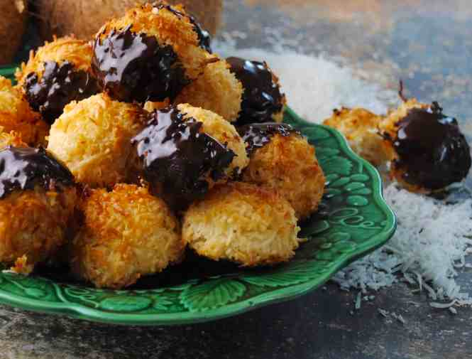 Condensed milk coconut macaroons