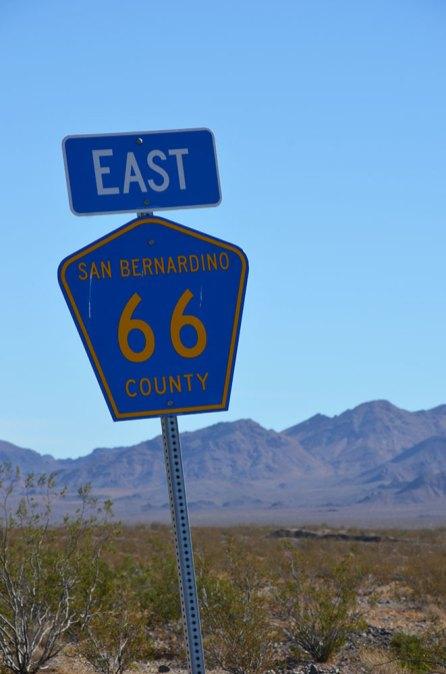 Panneau bleu Route 66