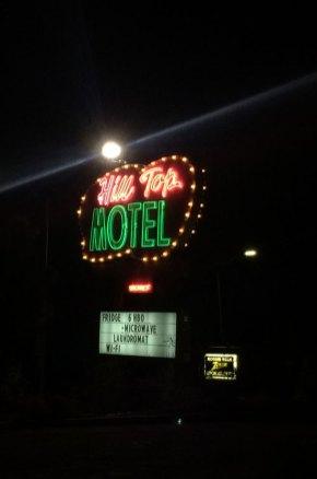 Enseigne du Hill Top Motel