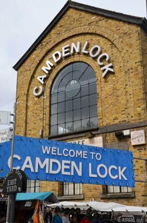 Entrée du marché de Camden Town, Londres