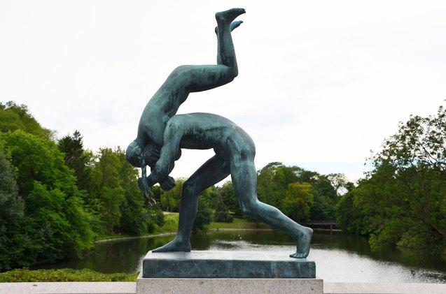 Statue du pont du Parc Vigeland, Oslo