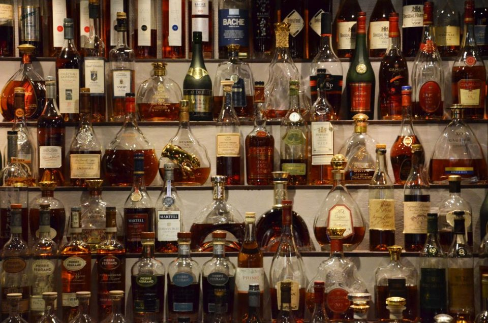 Collection de Cognacs du Karlsberger Pub, Longyearbyen, Svalbard