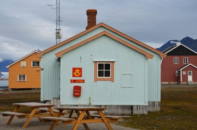 Maisons en bois colorées de Ny-Ålesund, Spitzberg