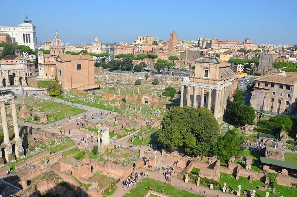 Vue sur le Palatin, Rome, Italie