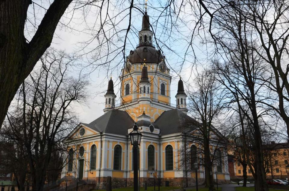 Eglise colorée à Stockholm