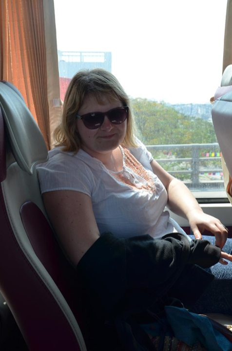 Marie-Catherine dans le bus du cauchemar, Vietnam