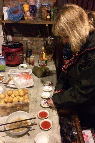Marie-Catherine cuisine pour le têt, Sapa, Vietnam