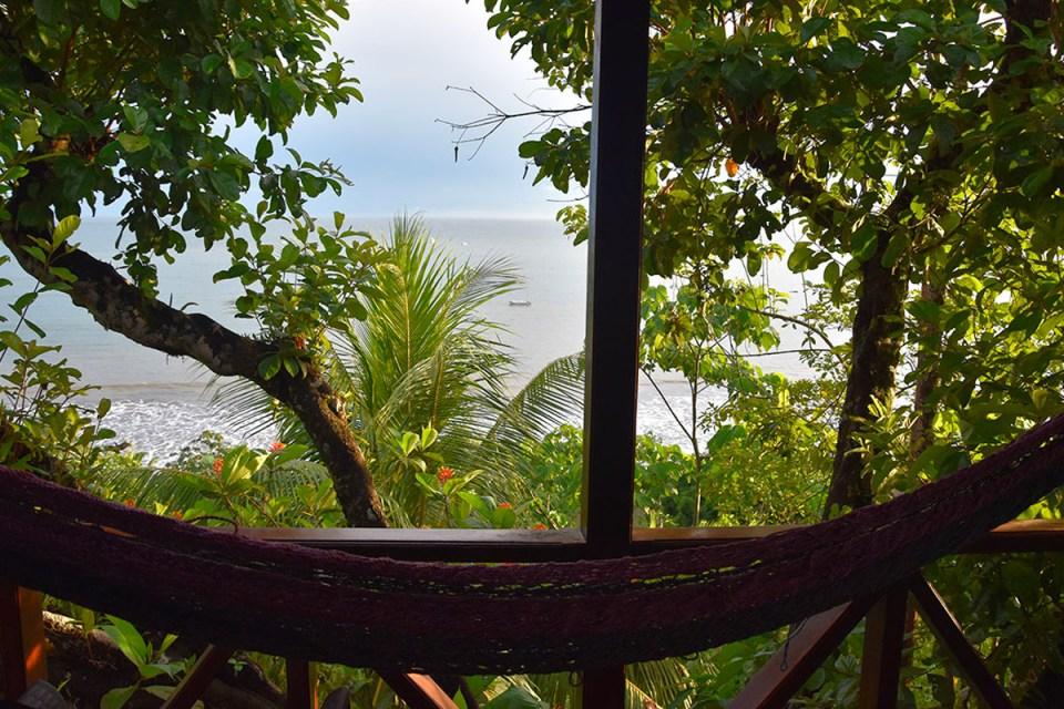 Vue sur la mer depuis la terrasse de notre lodge à Bahia Drake, Costa Rica