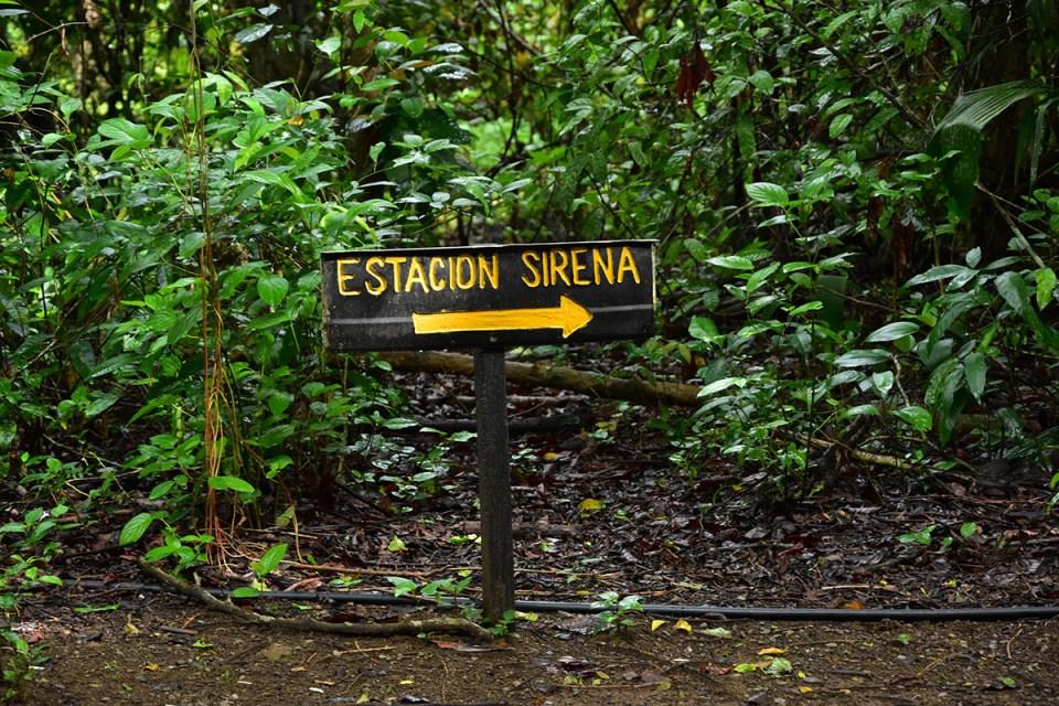 Panneau de la station Sirena Parc Corcovado, Costa Rica