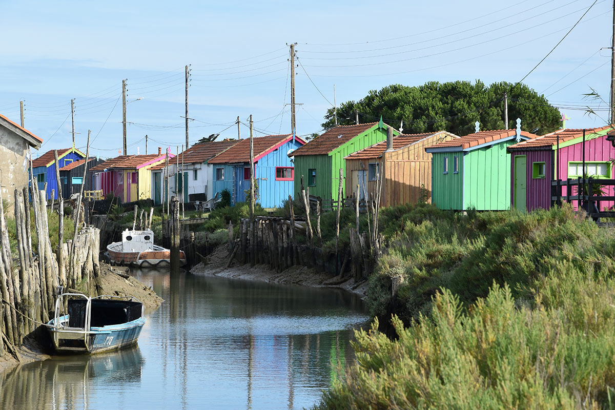 Cabanes colorées de la route des huîtres, Ile d'Oléron