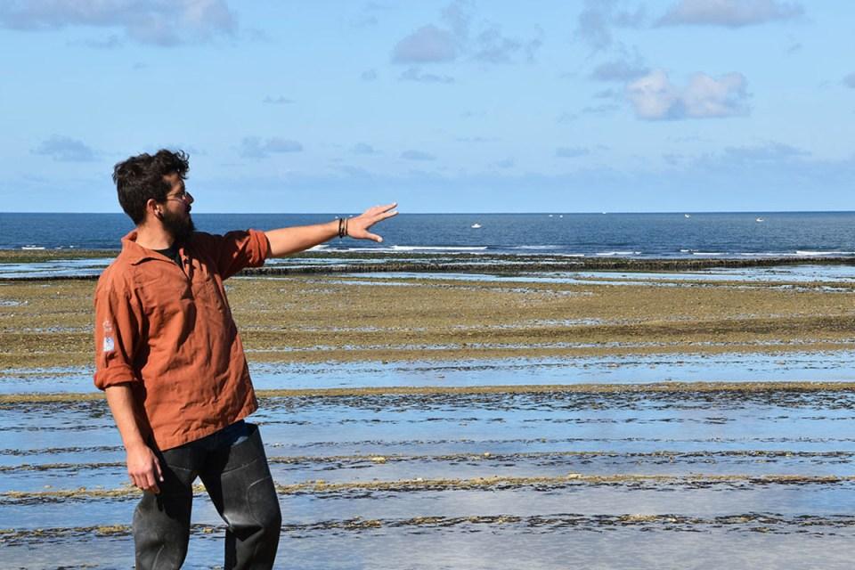 Zackary, notre guide nous explique l'estran, Ile d'Oléron