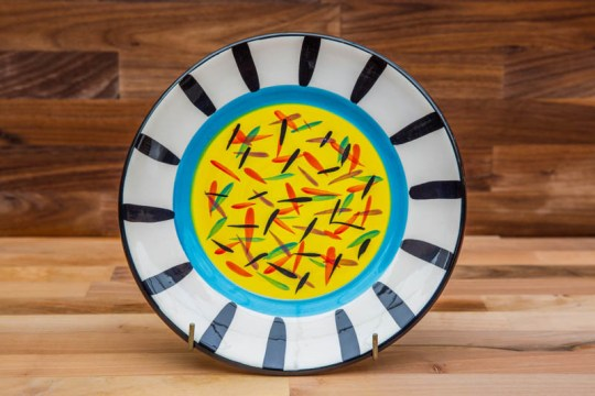 Splash 11″ dinner plate in Yellow