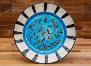 Splash 11″ dinner plate in pale blue