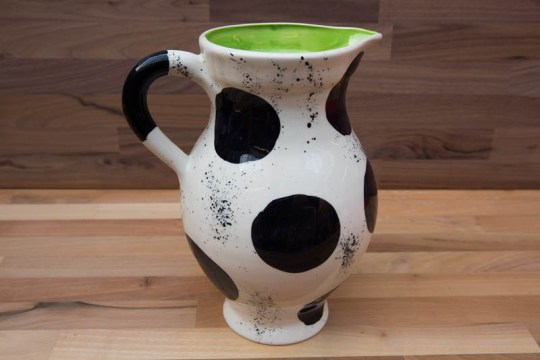 Black and White large jug in Spot