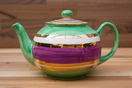 Lustre Horizontal large Teapot in No.03