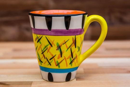 Splash large tapered mug in yellow