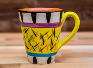 Splash large tapered mug in yellow