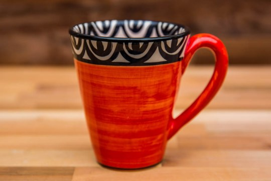 Aztec large tapered mug in red