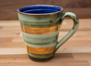 Lustre Horizontal large tapered mug in no.09