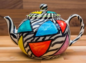 Carnival Safari medium teapot